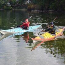 instructors edging boats
