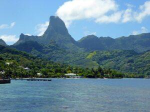 Peaks of Moorea, Tahiti