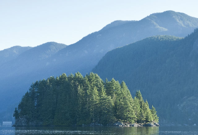 Kayak Tours with Deep Cove Kayak